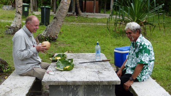 Atiu, Islas Cook: Lunch mit dem Bird Man