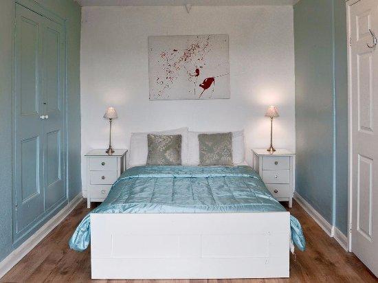 Lanivet, UK: Old Farmhouse Double Bedroom