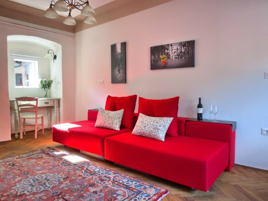Castle view No. 2 apt - Fully renovated, equipped, spacious bathroom ...