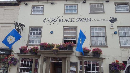 Bedale, UK: The Old Black Swan