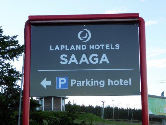 Yllasjarvi, Finlandia: Parking ist vorhanden