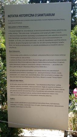 Meryem Ana Evi: Na kilku tablicach w różnych językach jest opis tego miejsca. Super że po polsku także. To za JP