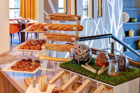Novotel paris suresnes longchamp 79 8 6 updated 2018 prices hotel reviews france - 7 rue du port aux vins 92150 suresnes ...
