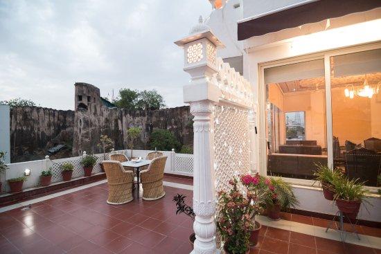 Hotel Chitrakatha
