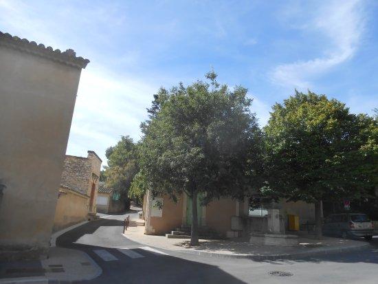 Jonquerettes, Frankrike: Vieux village