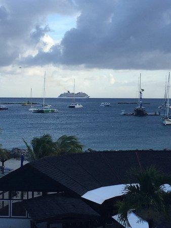 Royal Palm Beach Resort: photo2.jpg