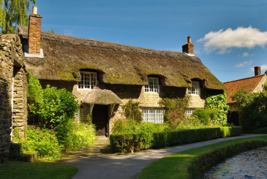 Witney, UK: Lovely Thatched House