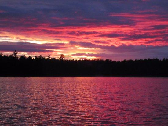 Crane Lake, MN: Beautiful sunsets!