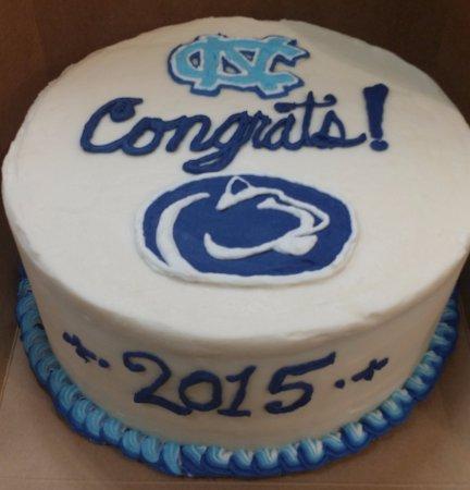 Washington, Carolina do Norte: Graduation cake