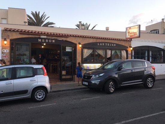 Fuentepark Apartamentos: Favourite restaurant Meson Las Tejas only 100 yards form Fuentepark