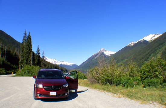 Pemberton, Canada: Park up to admire the views.