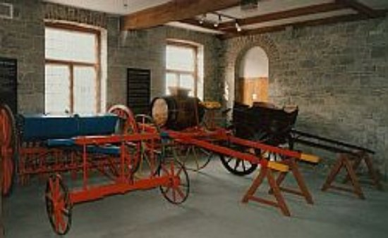 Donaghmore Famine Workhouse Museum: Some of the equipment