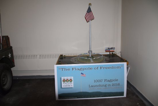 Columbia Falls, ME: Scale model of Flagpole of Freedom, can't wait to see completed project