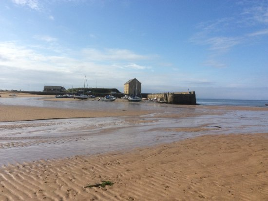 Elie, UK : Harbour and water sports