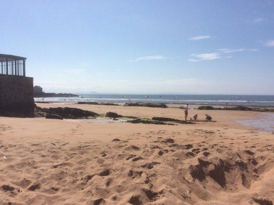 Elie, UK : Just building sand castles