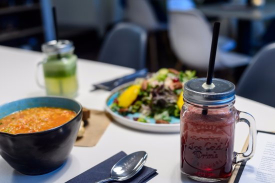 Vers geperste sap, soep & salade - Picture of Vers