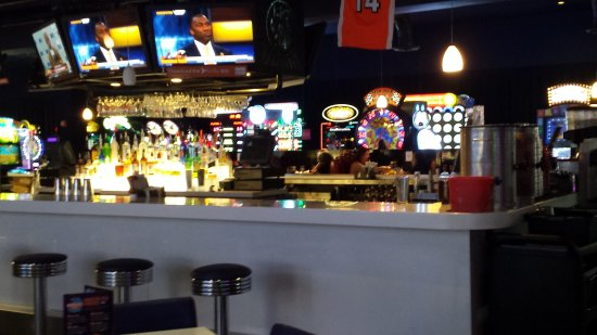 hawg a saurus loaded cheese fries picture of dave buster s rh tripadvisor com