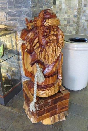 Berea, KY: Wood carving
