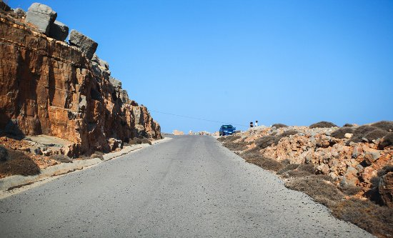 Kreeta, Kreikka: Kyriamadi, futher the road is closed. Military area