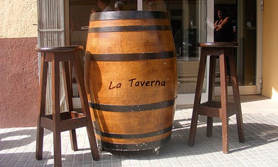 Guardiola de Bergueda, İspanya: es el frontal de el restaurante