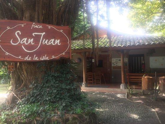 Finca San Juan de la Isla: Decent hotel, service modest, food respectable, very overpriced, hard to get too.