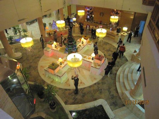 Marhaba Royal Salem: Buffet in der Lobby für die Gäste an Sivester