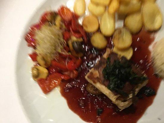 Restaurante Venezia Da Luigi: Lechon confitado en salsa de hiervas