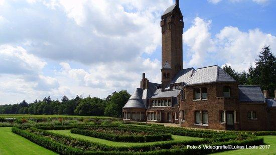 Hoenderloo, Países Bajos: Sint Hubertusslot