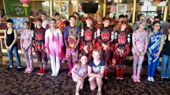 Branson, MO: Acrobats Troup with Granddaughts