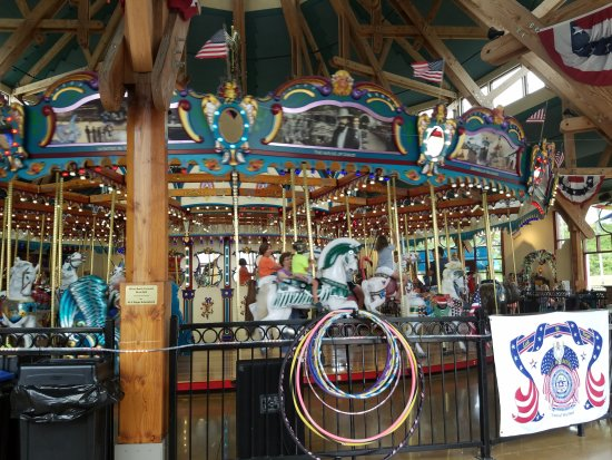 Silver Beach Carousel: 20170726_182956_large.jpg