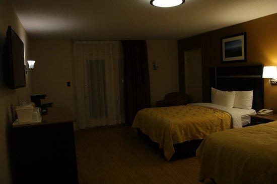 Quality Inn U0026 Suites Gatlinburg Photo