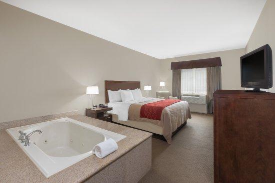 Columbus, TX: Room King Jacuzzi Suite