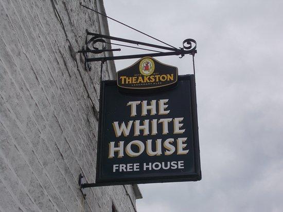 White House Restaurant Blackstone Edge