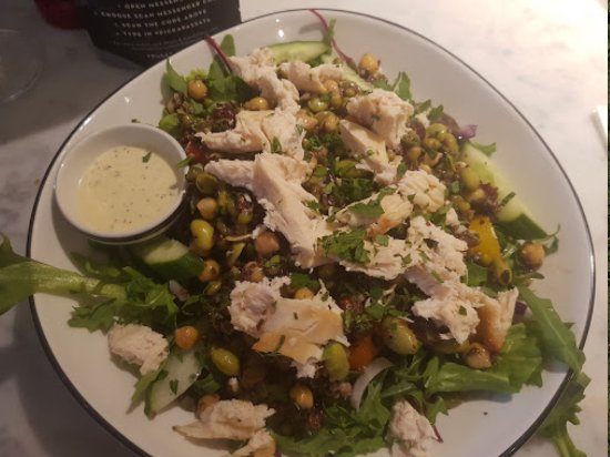 St Neots, UK: Superfood Salad