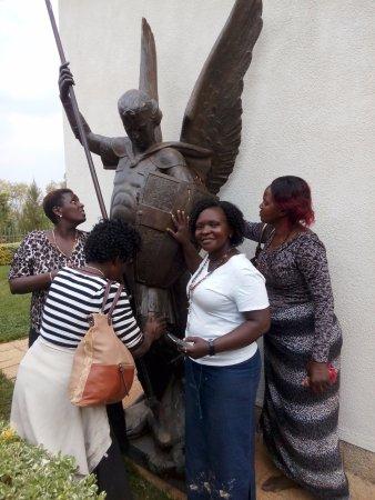Kibeho, Ρουάντα: Pilgrims