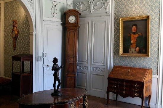 Musee d'Art – Hotel Sarret de Grozon