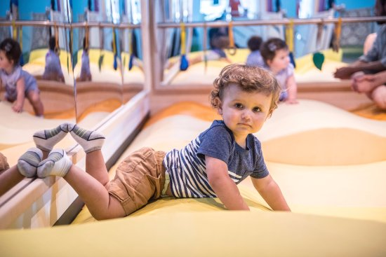 Minnesota Children's Museum: Creepers and crawlers explore in Sprouts