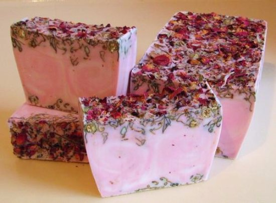 Spruce Pine, NC: Rose Garden Soap at Poppy's Wildcraft  #poppyswildcraft