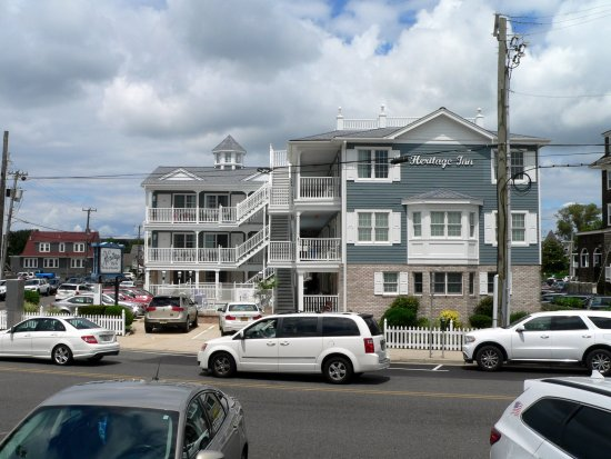 Heritage inn updated 2017 hotel reviews price comparison for Blue fish inn cape may