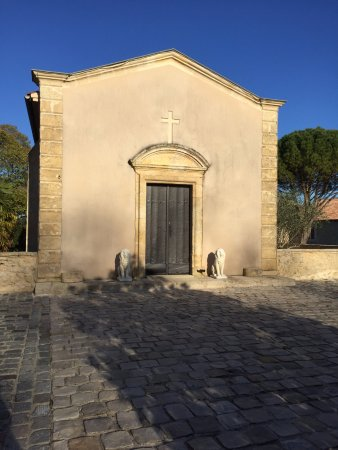 Barsac, France: Chateau Coutet family chapel exterior