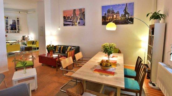 Ruang Nonton Tv Picture Of Kiez Hostel Berlin Berlin Tripadvisor