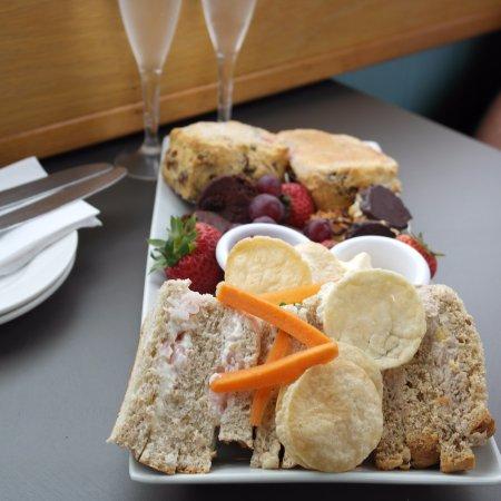Burscough, UK: afternoon tea