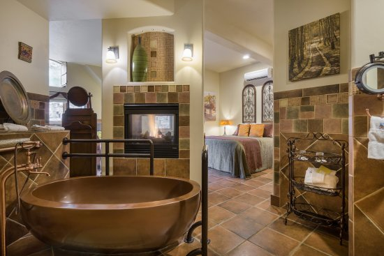 """Della Terra Mountain Chateau: This is from the """"Color"""" room. Room is huge, clean, and a dream to stay in!"""