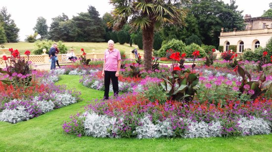 East Cowes, UK: Colourful displays on a wet day
