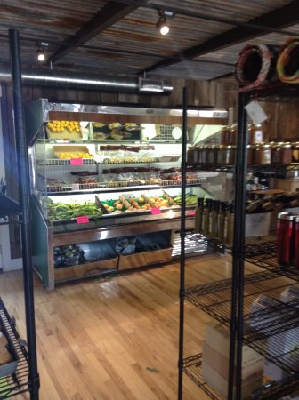 Paonia, CO: Nice produce area, good value, tasty selections