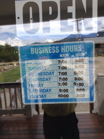 Paonia, CO: Hours open
