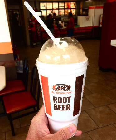 Cohasset, MN: Large Root Beer Float!