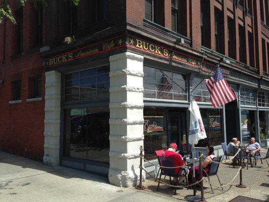 Everett, WA: Buck's