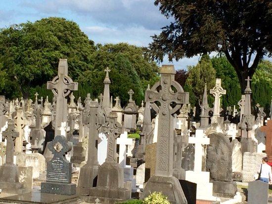 Glasnevin Cemetery Museum: photo0.jpg