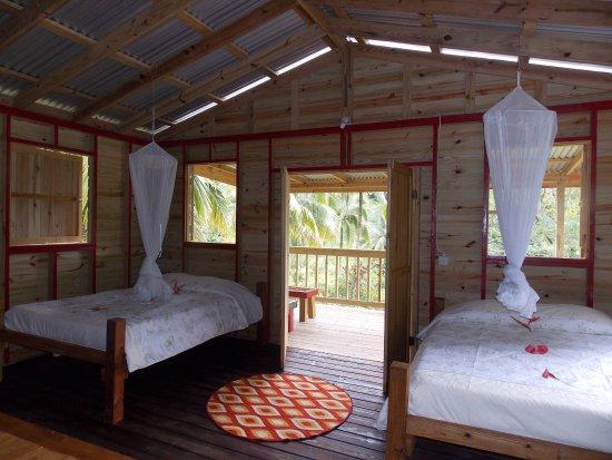 Marigot, Dominica: Alakai cottage interior
